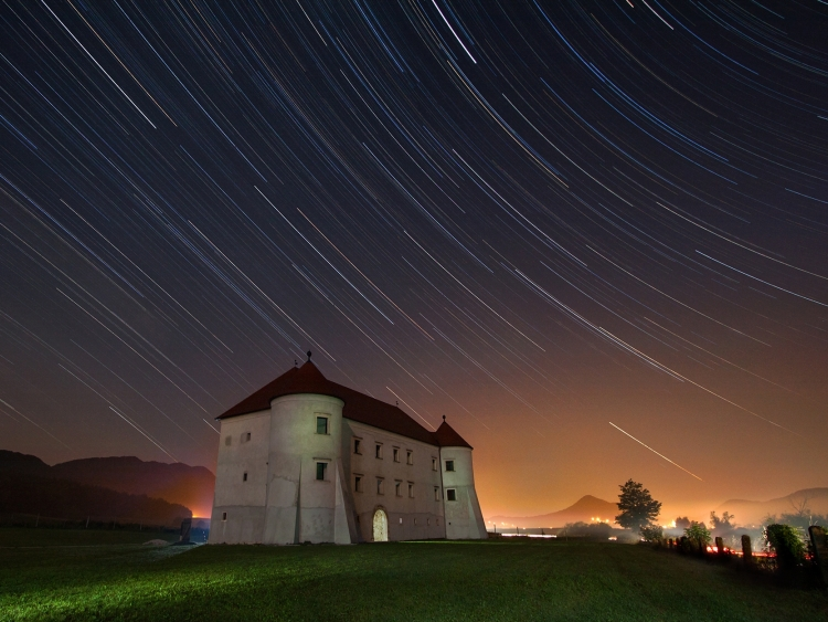 Bela - star trails